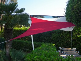 Voile d'ombrage triangle 5 x 5 x 5 m Framboise